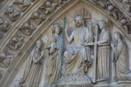051214204833 Нотр-Дам де Пари или Собор Парижской Богоматери.