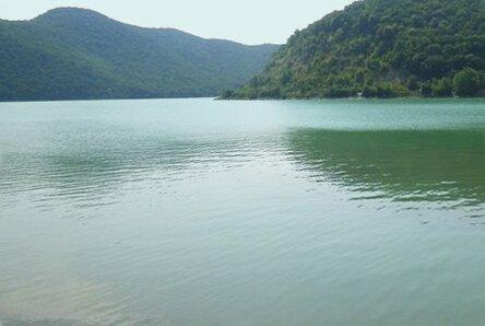 озеро абрау вода